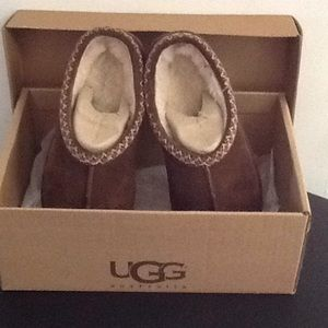 Ugg Kids Size 4 Tasman Brown Slip On